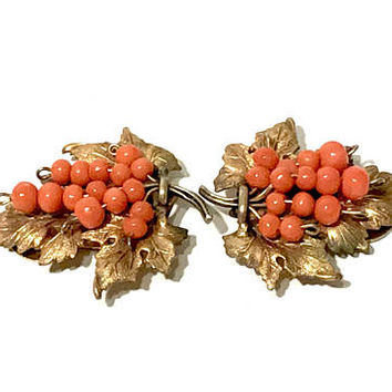 Coro Art Nouveau Grape Leaf Dress Clips, Textured Gilt Metal, Dimensional Design, Coral Glass Beads, 1930s Vintage, Rare Find, Gift For Her