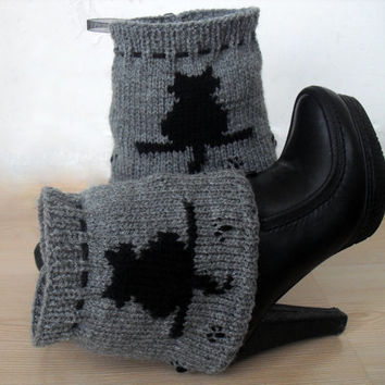 Black Cat pattern, Winter Accessories, Leg warmers, Legwear. Knit boot cuffs, leg warmers, Knit cuffs, Women Knee highs, Knee warmers.