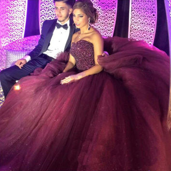 New Arrival Sparkle Sweetheart Beaded Pearls Burgundy Prom Dresses 2016 Sweep Train Organza Long Elegant Evening Party Dress