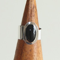 Black Onyx Oval Wrap Sterling Silver Ring, Adjustable Band, Statement Silver Rings, gifts for her, Minimalist Jewelry
