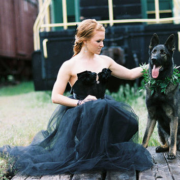 The Black Ruffled Tulle Wedding Dress/Gown in Black Lace