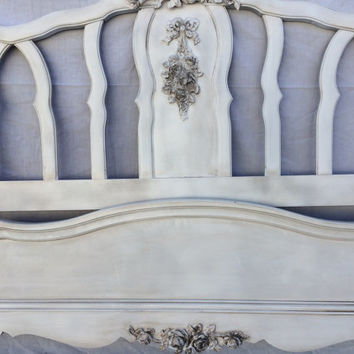Vintage French Provincial Full Bed