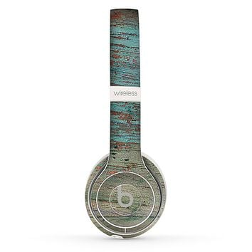 The Chipped Teal Paint on Aged Wood Skin Set for the Beats by Dre Solo 2 Wireless Headphones