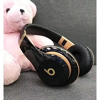 Fashion Beats Solo 3 Wireless Magic Sound Bluetooth Wireless Hands Headset MP3 Music Headphone With Microphone Line-in Socket TF Card Slot For Women Men Black