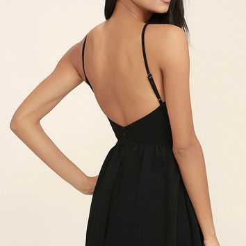 Oui Oui Black Backless Skater Dress
