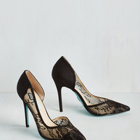 A Toast with the Most Heel in Noir   Mod Retro Vintage Heels   ModCloth.com