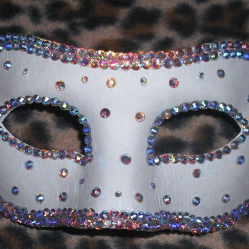 Crystal Trim and Scatter Face Mask  In White