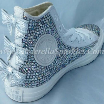 White Chuck Taylor High Top Crystal Rhinestone Converse with seuin bow -  Mono leather 5b7bf8f796