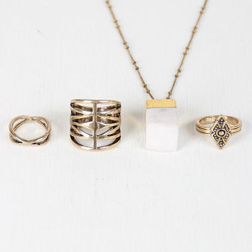 Raw Quartz And Geometric Ring Set