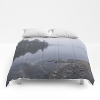 I love the rain Comforters by happymelvin