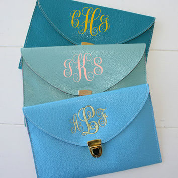 Clutch Purse with Detachable Chain Monogram Gifts Bridesmaid Gift