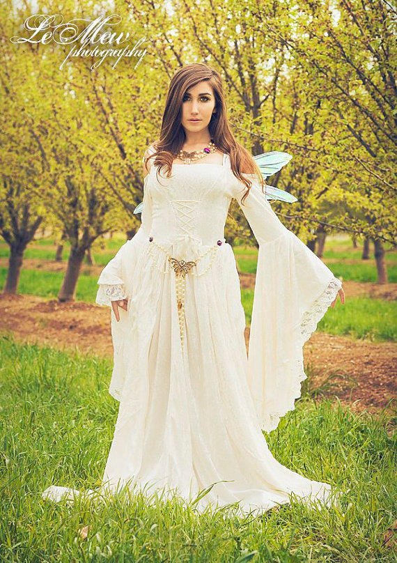 Gwendolyn medieval or renaissance fairy from for Velvet and lace wedding dresses