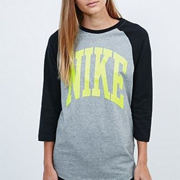 Nike Blindside Three-Quarter Sleeve Raglan Tee in Grey and Black - Urban Outfitters
