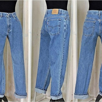 Vintage Levis 505 jeans / 31 X 32 size 7 / 8 / retro Mom Jeans / high waisted / straight leg / made in USA