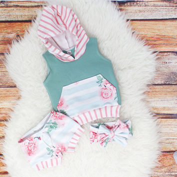 Baby girl clothes || Newborn girl coming home outfit || Baby girl outfit || Baby shower gift || Toddler clothes