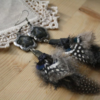 Dangle Feather Tribal Earrings Silver Plomb Boho Style