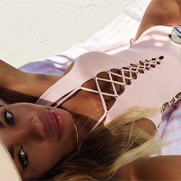 SOLID COLOR SWIMSUIT
