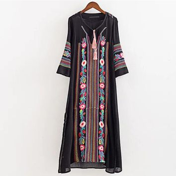 Women Vintage Floral Embroidery Ethenic Dresses vestido Round Neck Long Sleeve Casual Long Maxi Dress  jurk  robe longue NRY8937