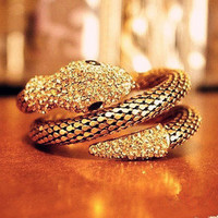 Temptation  your eyes — Retro Punk Diamond Fashion Multi-Layer Full Of Diamond Snake- Wide Exaggerated Female Bracelet