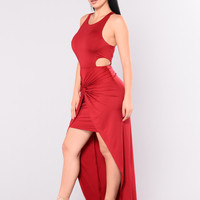 Aillse Maxi Dress - Red