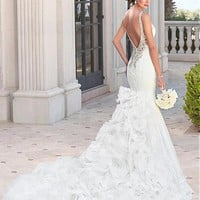 [246.99] Stunning Tulle V-neck Neckline Mermaid Wedding Dresses With Lace Appliques - dressilyme.com