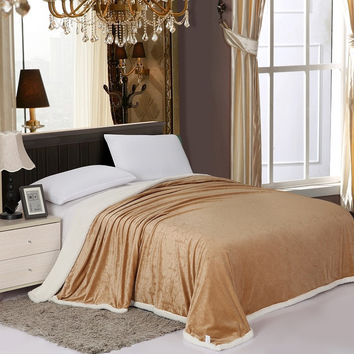 Cozy Home Luxurious Reversible Sherpa Lining Carved Velboa Comforter - Queen (Mocha)
