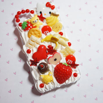 Banana and strawberry iPhone 4 decoden case by madikawaii on Etsy