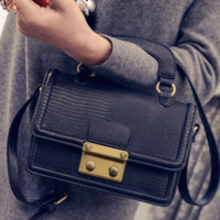 Women fashion handbags on sale = 4473083588