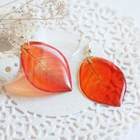Red leaves Earrings - Dangle Transparent Leaf Earrings - Summer Earrings - Red earrings - Nature Earrings - Woodland Earrings