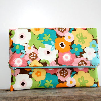 foldover clutch purse in floral print / flowers / teal orange yellow green pink / bridesmaid / spring summer / retro