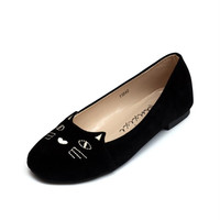 Hot Star Shoes 2016 New Black Brand Female Flat Shoes Women Fashion Cats Embroidery Flats Suede PU Plus size Casual Shoes Woman