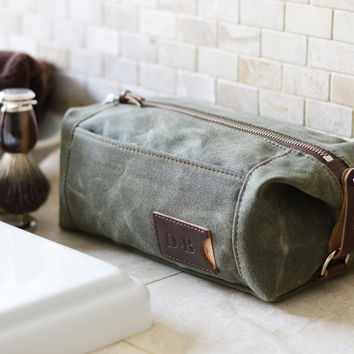 NO. 349 Personalized Expandable Toiletry Dopp Kit with Leather Tag, Olive Green Waxed Canvas