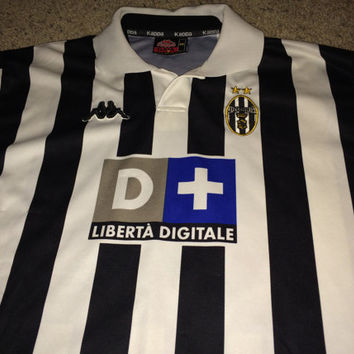 Sale!! Vintage Kappa Juventus FC late 90s Home soccer jersey Italy Football Shirt Retro Juve Shirt Free US Shipping