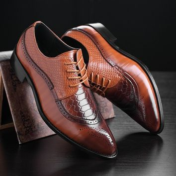 Men Fashion Bright Wedding Business Leather Pointed Toe Classic Bullock Shoes Casual Dress Shoes Plus Size 38-48