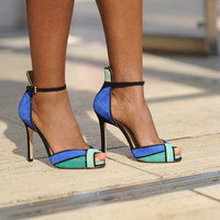 Photos: Electric-hued shoes seen at New York Fashion Week
