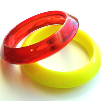 Vintage Lucite Bangle Pair Bracelet Plastic Yellow Red Cherry Lemon Translucent Opaque Chunky Bold Summer Bright Cheery Large Opening