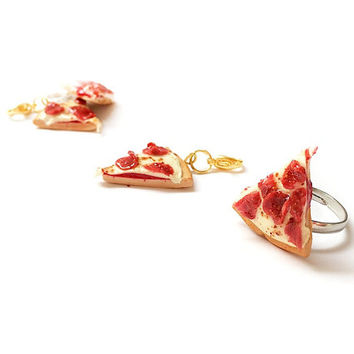 Pepperoni Pizza is my Best Friend Ring, Miniature Food Jewelry, Polymer Clay Food Jewelry, Pepperoni Pizza Jewelry
