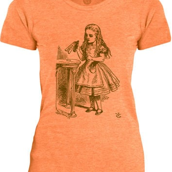 Big Texas Alice in Wonderland - Drink Me (Brown) Womens Fine Jersey T-Shirt
