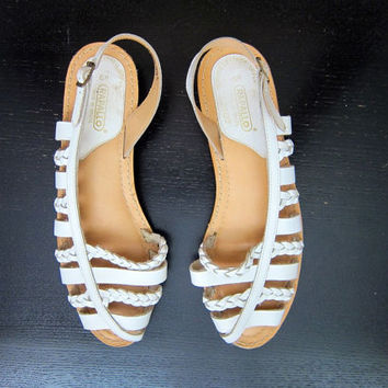 Vintage 80s White Leather Huaraches Woven Leather Slip On Sandals Summer Beach Shoes Cut Out Braided Peep Toes DELLS Women's size 6