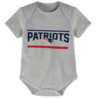 Infant New England Patriots Gray Stacked Fan Bodysuit