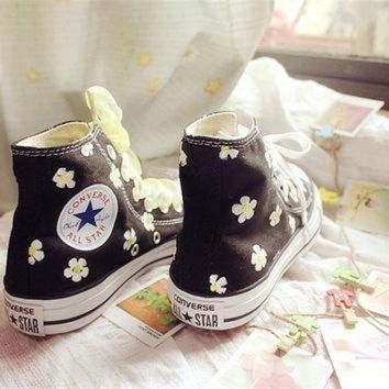 DCCK1IN hand painted shoes converse black background plus white flowers lovely floral