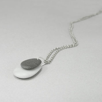 Beach stone jewellery sterling silver, minimalist black and white pebble necklace, unisex sea rock pendant, eco friendly, one of a kind