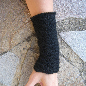 RESERVED for EIRIL Wrists warmers manchettes crocheted arms warmers knitted crochet wool lace steampunk victorian crochet cuffs