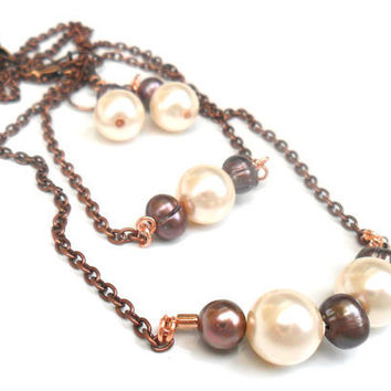 Necklace bar copper chain neutral pearls earth tones by Daniblu