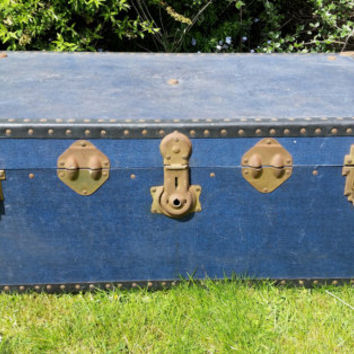 Large Vintage Steamer Trunk, Old Blue Storage Chest, Coffee Table, Interior Home Decor, Cottage Shabby Chic, Nautical Travel Luggage Case