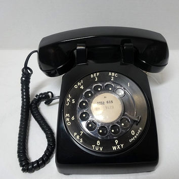 1967 Vintage Rotary Dial Telephone in Cool Black, Western Electric, Bell System, Removable Cords, Vintage Dial Phone, Vintage Technology