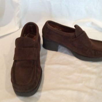Vintage Brown Suede Wallabee Loafer Shoes US Size 5.5 Espirit 1980's Women's Fashion Rubber Sole