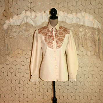 Women Vintage Western Shirt Prairie Blouse Cowgirl Top Puff Sleeve Beige Lace String Tie Snaps Rockmount Ranch Wear Medium Womens Clothing