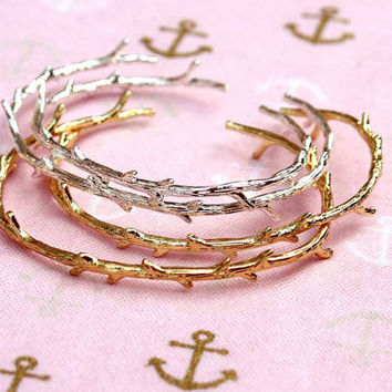 rustic twig bangle, branch bracelet, woodland twig, twig bracelet, tree jewelry, branch jewelry, whimsical jewelry, woodland twig, twigs