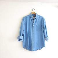 vintage button up jean shirt. denim pocket shirt. button down shirt. boyfriend shirt.